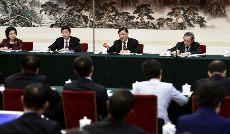 3月8日,中共中央政治局常委、中央书记处书记刘云山参加十二届全国人大五次会议山西代表团的审议。