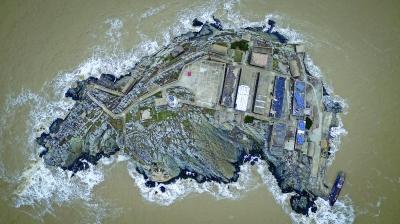 图为航拍的江苏开山岛。