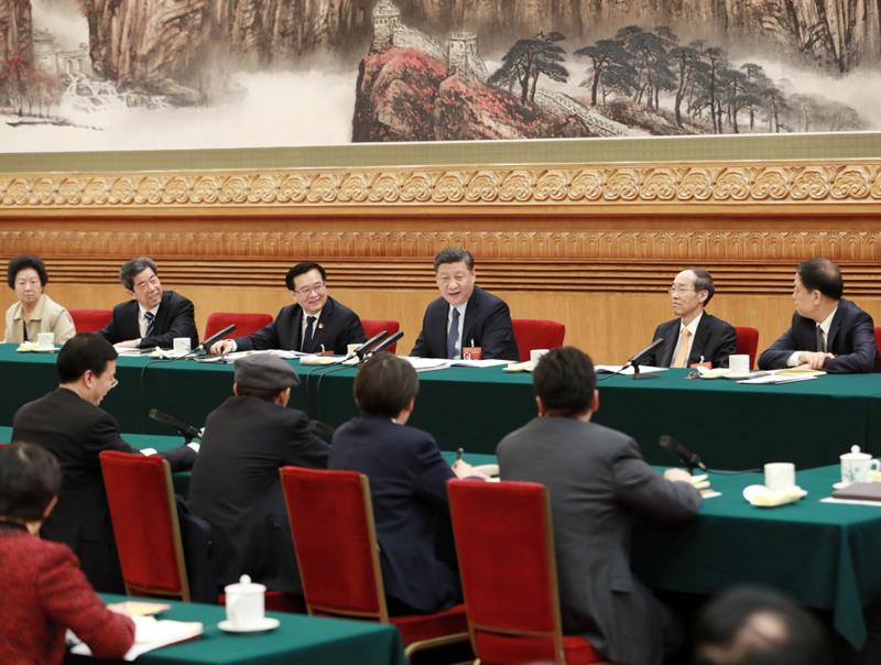 3月8日,中共中央总书记、国家主席、中央军委主席习近平参加十三届全国人大二次会议河南代表团的审议。