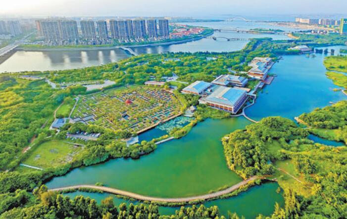 湖里区全力打好治水攻坚战、巩固战、持久战,打造绿色生态的现代化中心城区。