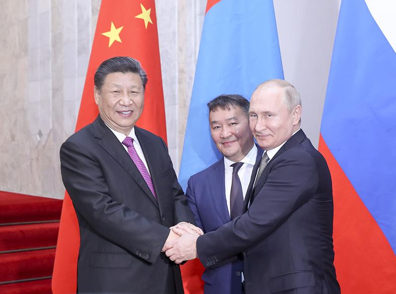 6月14日,国家主席习近平在比什凯克同俄罗斯总统普京、蒙古国总统巴特图勒嘎举行中俄蒙三国元首第五次会晤。