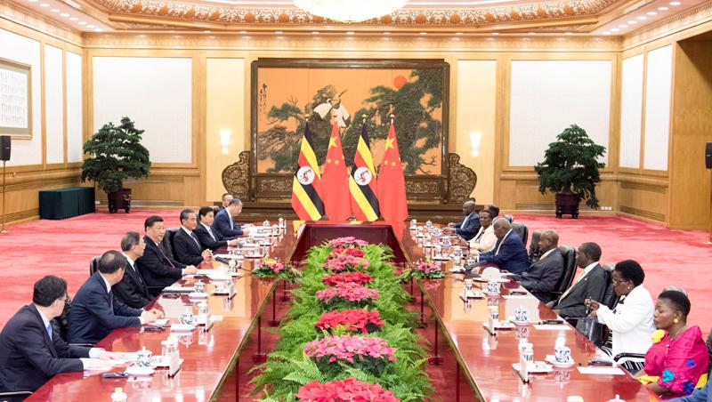 6月25日,国家主席习近平在北京人民大会堂同来华进行工作访问的乌干达总统穆塞韦尼举行会谈。新华社记者 高洁 摄