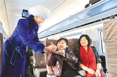 多省份實現市市通高鐵 中國高鐵營業里程居世界首位