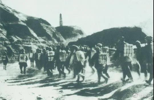 1947年3月19日,西北野战军撤离延安,进行战略转移。