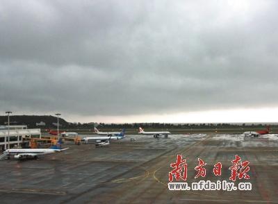 受暴雨影响,珠海机场两天共计33个航班发生延误