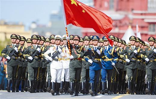 阅兵仪式_5万名士兵,200台军事装备,140多架飞机参加了阅兵仪式.