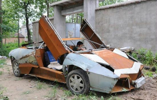 Chinese Farmer Builds Lamborghini Replica To Transport Fertilizer - Simple sports car