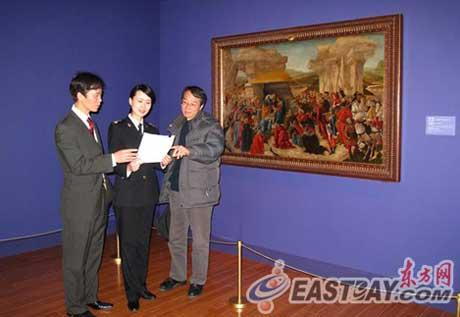 While on the second floor of the Shanghai Museum, some masterpieces from Italy are shown. Eighty-two paintings created in the country since the Renaissance period are featured in the exhibition.