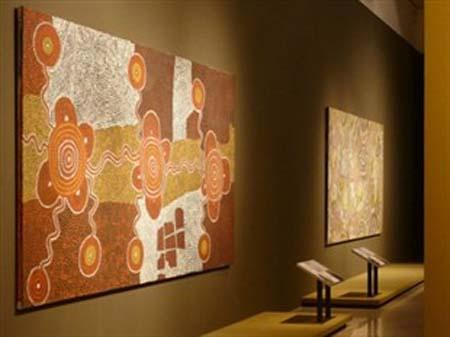 A major exhibition of Aboriginal art is about to open at the National Art Museum of China.(news.ninemsn.com)