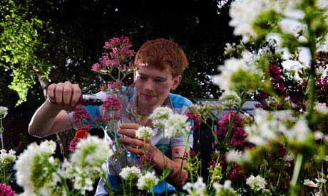 JamesCallicott,15,isexhibitingattheHamptonCourtflowershow.