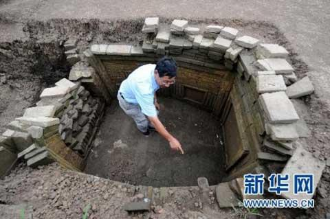 In central Henan province, a large number of relics have to find a new home.