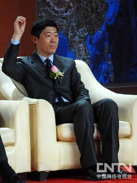 """李稻葵:解决增长内生动力要抓三个""""关键少数"""""""