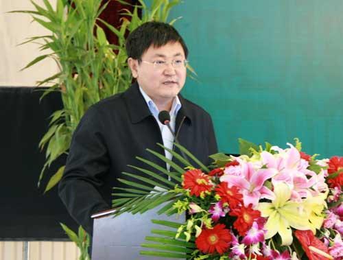 中国网络电视台副总经理问永刚致辞