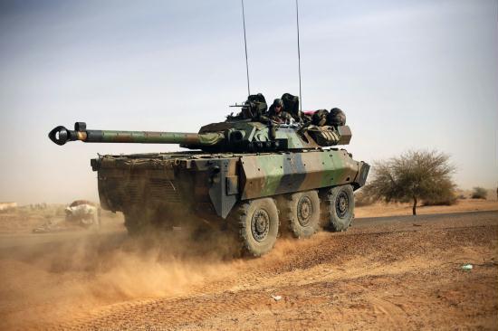 cctv les forces fran aises et maliennes avancent vers le. Black Bedroom Furniture Sets. Home Design Ideas