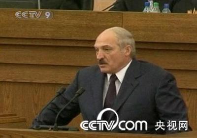 BelarussianleaderAlexanderLukashenkosaysKyrgyzstan'soustedpresidentKurmanbekBakiyevisinexileinMinsk.(CCTV.com)