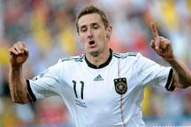 Germany crush England 4-1<br><br>