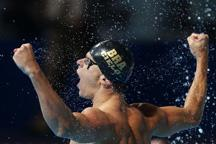 Cesar Cielo Filho takes gold medal at FINA World Championships