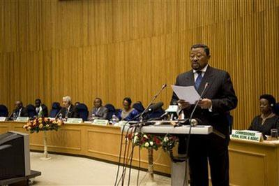 African Union Commission Chairman Jean Ping speaks to African Union foreign ministers at the beginning of their meeting in Addis Ababa, Ethiopia, Thursday, Jan. 28, 2010. (AP Photo/Jon Black)
