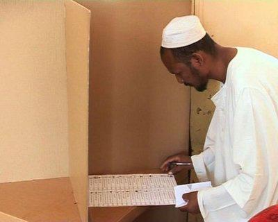 Voting was proceeding generally smoothly on the second day of Sudan's multi-party elections, the country's first multi-party poll in 24 years. Images. (AFPTV)