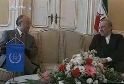 Iran's foreign minister, Manouchehr Mottaki, has met the UN atomic watchdog chief to discuss a stalled nuclear fuel offer. (CCTV.com)