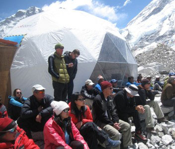 Everest 2010 - Newsletter 31