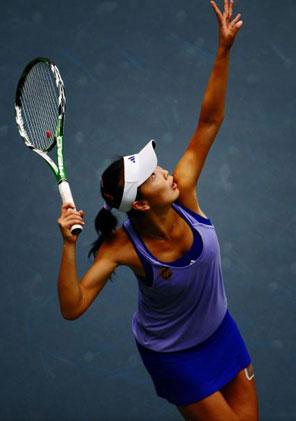 网球女单 彭帅成就十一运首位四冠王