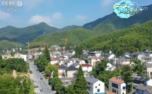浙江安吉:绿水傍青山 乡村新画卷