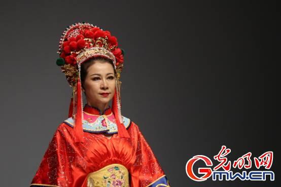 传统非遗亮相中国国际时装周