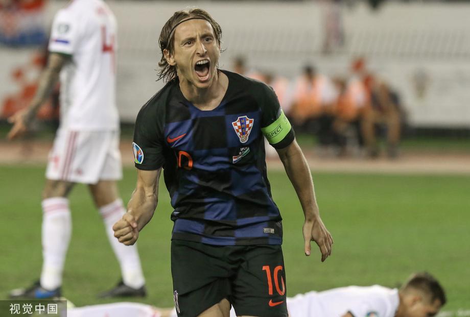 [图]莫德里奇进球助克罗地亚主场3-0大胜匈牙利