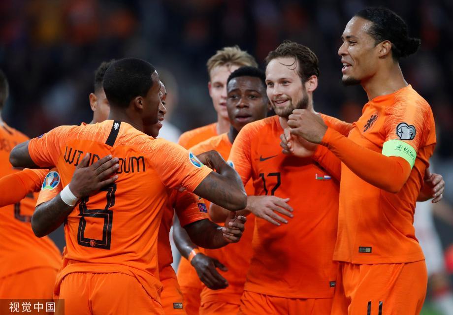 [图]欧预赛-维纳尔杜姆梅开二度 荷兰2-1白俄罗斯