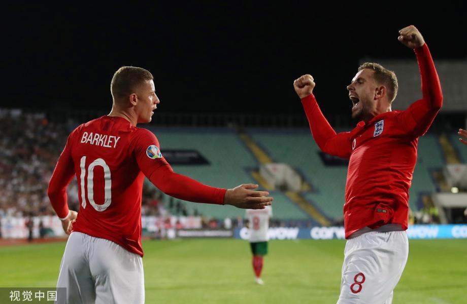 [图]欧预赛-凯恩3传1射 斯特林双响 英格兰6-0客胜