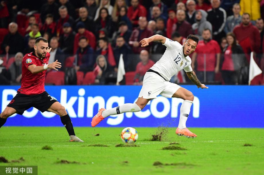 [图]欧预赛-格子传射 法国2-0阿尔巴尼亚夺头名