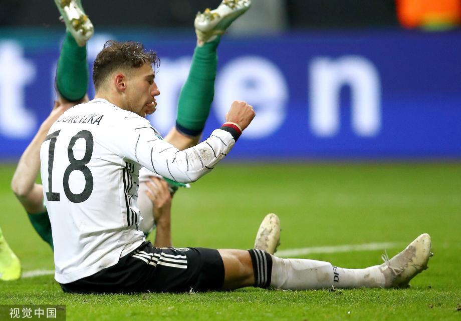 [图]格纳布里帽子戏法 欧预赛德国获小组第一