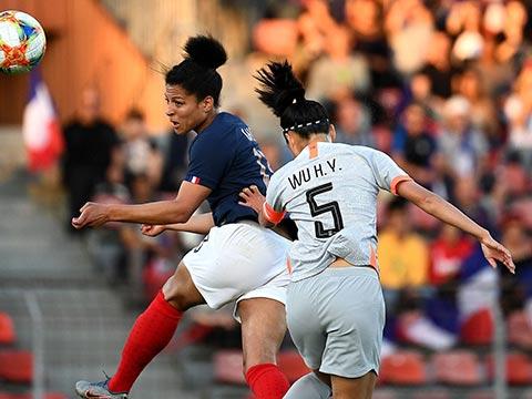 [女足]女足友谊赛:法国2-1中国 比赛集锦
