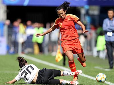 [女足世界杯]小组赛B组:德国1-0中国 比赛集锦