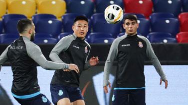 [图]欧联杯小组赛前瞻 武磊领衔西班牙人训练备战