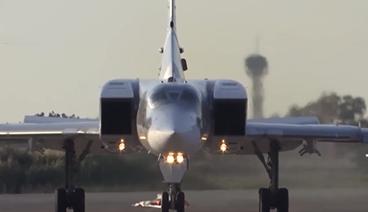 《今日关注》 20210527 俄图-22首次部署叙利亚 里根号航母将赴中东 美防俄趁虚而入?