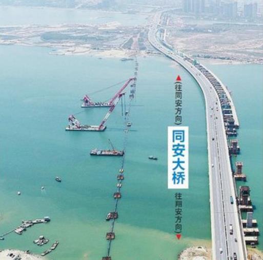 這是福建省內采用沉管方式施工的,管徑最大、長度最長的過海鋼管道