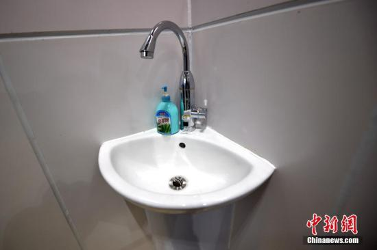 资料图:水龙头。中新网记者 金硕 摄