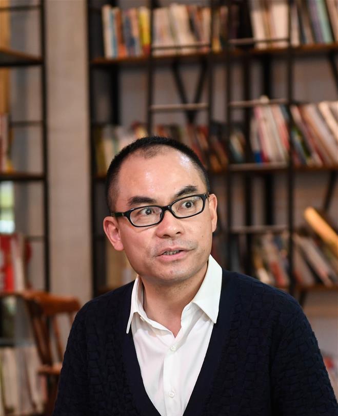 宁波博洋服饰有限公司董事长吴惠君在讲述创业感悟