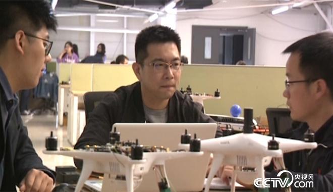 """科技青年齐俊桐:让中国无人机技术""""飞得更高""""_新闻频道_央视网(cctv.com"""