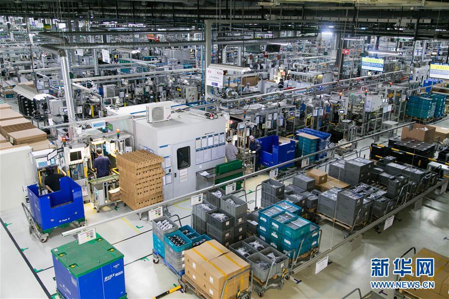 4月29日拍摄的博世汽车部件(长沙)有限公司智能化改造车间。 新华社发(陈思汗摄)