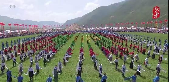 """""""可爱的中国""""之藏族:这里的姑娘会织""""彩虹"""""""