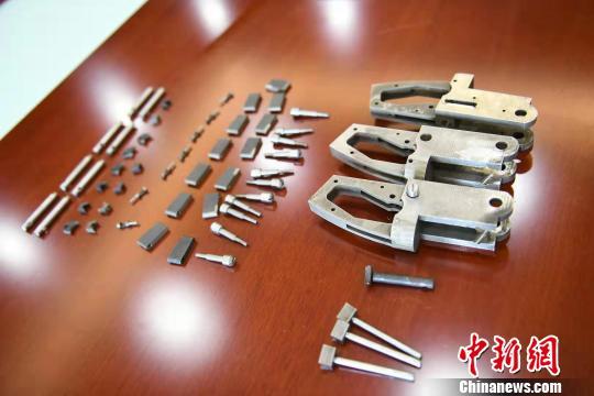 重庆警圆挨失落特年夜跨省收集造贩枪枝配件团伙缉获枪枝7收
