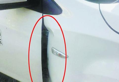 【车门凹瘪】设计公社停车场的gofun汽车破损明显