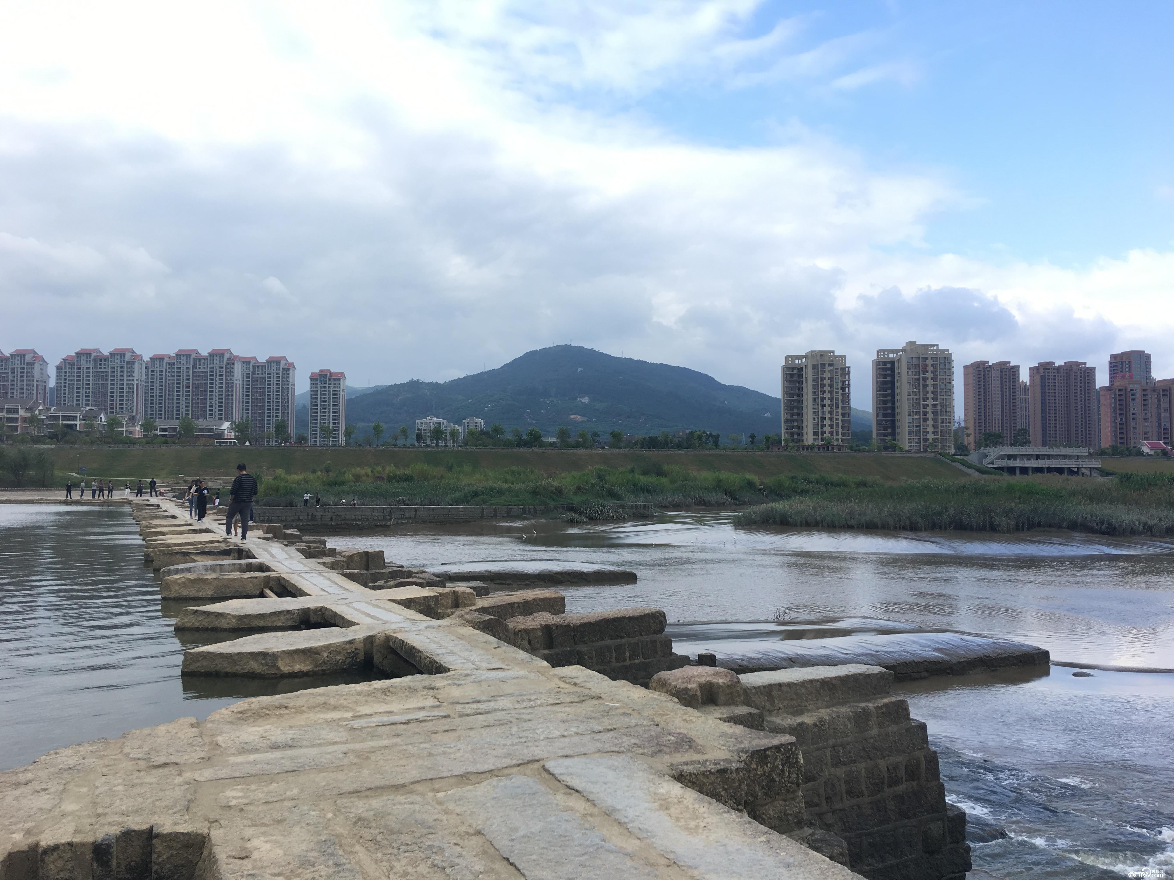 始建于北宋的木兰陂阻挡了海水倒灌进莆田市,至今保存完好并发挥其水利效用。(摄/徐辉)