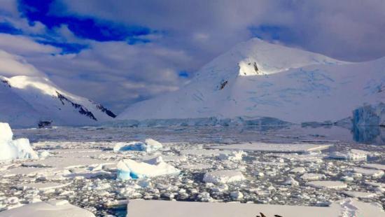 资料图:南极冰川