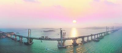 世界在建难度最大的桥梁工程——平潭海峡公铁大桥合龙贯通