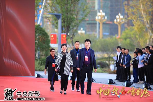 广东汉剧电影《白门柳》主创人员入场