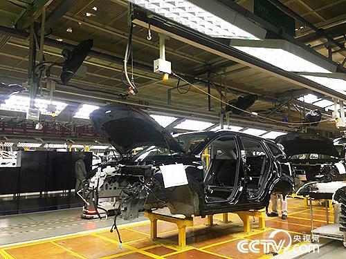 东风风神总装车间生产线